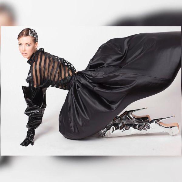 Alex Wortex čierne šaty